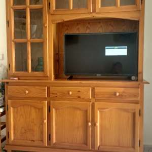 For sale: Display cabinet free