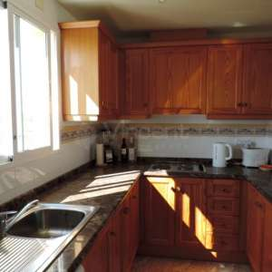 Painter needed for kitchen cabinets- Cabo Roig area