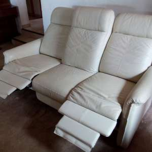 For sale: 3 seats sofa with 2adjustable seats, leather in white - €150